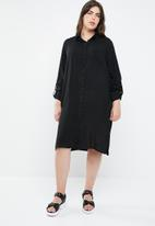 STYLE REPUBLIC PLUS - Military shirt dress - black