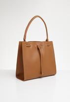 Superbalist - Liza sling bag - tan