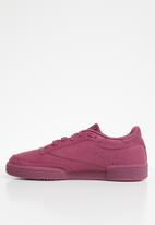 Club c 85 - twisted berry white Reebok Classic Sneakers ... e3f08c30b