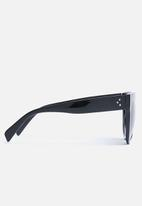 Superbalist - Kim flat bar sunglasses - black