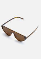 Superbalist - Asha flat bar sunglasses - brown
