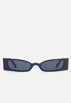 Superbalist - Emma sunglasses - black