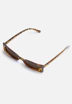 Superbalist - Emma sunglasses - brown