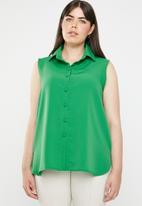 edit Plus - Front button shirt - green