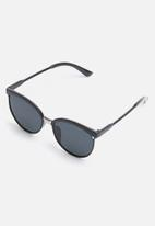 Superbalist - Patton sunglasses - all black