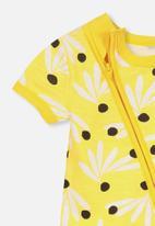 Cotton On - Mini short sleeve zip through romper - yellow