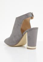 Miss Black - Aimee heel - grey