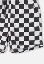 Cotton On - Henry slouch short - white & black
