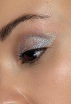 Stila - Little white lies liquid eye shadow - mint myth