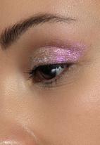 Stila - Little white lies liquid eye shadow - pink wink wink