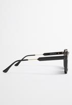 Unknown Eyewear - Huxley polarised - black