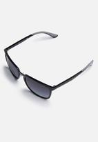 Ray-Ban - Ray-Ban gradient sunglasses 57mm - black