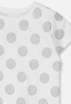 Cotton On - Penelope short sleeve tee - white & silver
