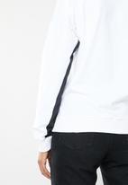 Reebok Classic - Classic big logo crew sweatshirt  - white