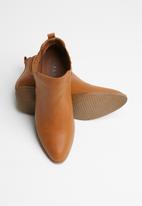 Jada - Slip-on ankle boot - brown