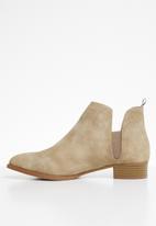 Jada - Slip-on  low heel ankle boots - neutral