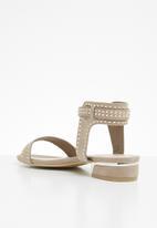 Miss Black - Megan sandal - neutral