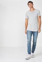 Cotton On - Heritage slim fit jeans - blue