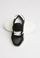 POP CANDY - Sueded knit sneaker - black & white
