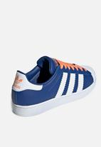 adidas Originals - Superstar - collegiate royal/white/easy orange