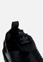 adidas Originals - Superstar Slip On W - black/collegiate purple