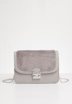 New Look - Felicity faux fur body - grey