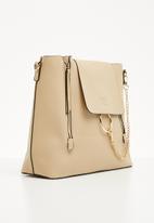 BLACKCHERRY - Cross-over bag - camel