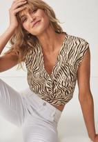 Cotton On - Lara knot from top - beige & brown