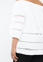 STYLE REPUBLIC PLUS - Ladder lace bardot top - white