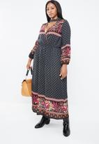 STYLE REPUBLIC PLUS - Boho bell sleeve maxi dress - multi