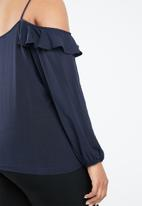 STYLE REPUBLIC PLUS - Cold shoulder frill top - navy