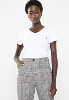 POLO - Kelly short sleeve stretch tee - white
