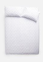 Sixth Floor - Zakari chevron printed duvet set - grey