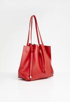 New Look - Simone slouch bucket - red