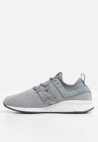 New Balance  - 247 - grey