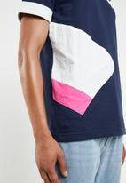 Asics - CB short sleeve bold tee - multi