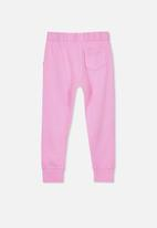 Cotton On - Kendra premium trackpant - pink