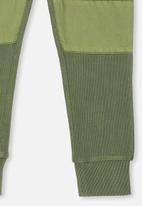 Cotton On - Kendra premium trackpant - green
