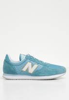 New Balance  - Classic Running - blue