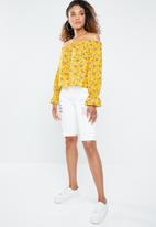 Forever21 - Off shoulder floral peasant top - yellow