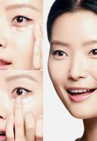 Benefit Cosmetics - Boi-ing brightening concealer - 06