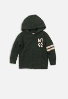 MINOTI - NY 95 print basic hoody - green