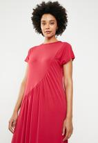 STYLE REPUBLIC - Ruched detail dress - red