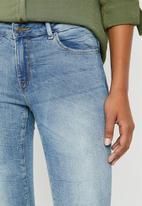 Jacqueline de Yong - Skinny regular flora jeans - blue