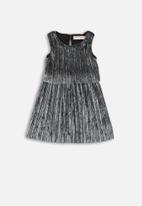 MINOTI - Pleated velvet dress - grey