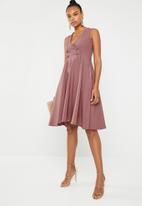 Sober - Nepita pleat dress - pink