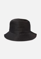 Cotton On - Bella bucket hat - black