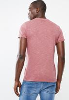 STYLE REPUBLIC - Soft pocket tee - red