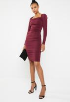 Superbalist - Square neck ruched dress - burgundy