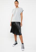STYLE REPUBLIC - Boxy dropped shoulder T-shirt - grey